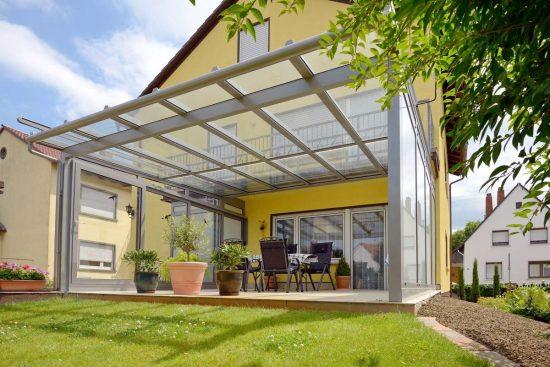 стеклянная крыша над террасой
