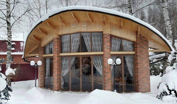 Тёплые беседки: как сделать своими руками, особенности и варианты садовой постройки для зимнего отдыха